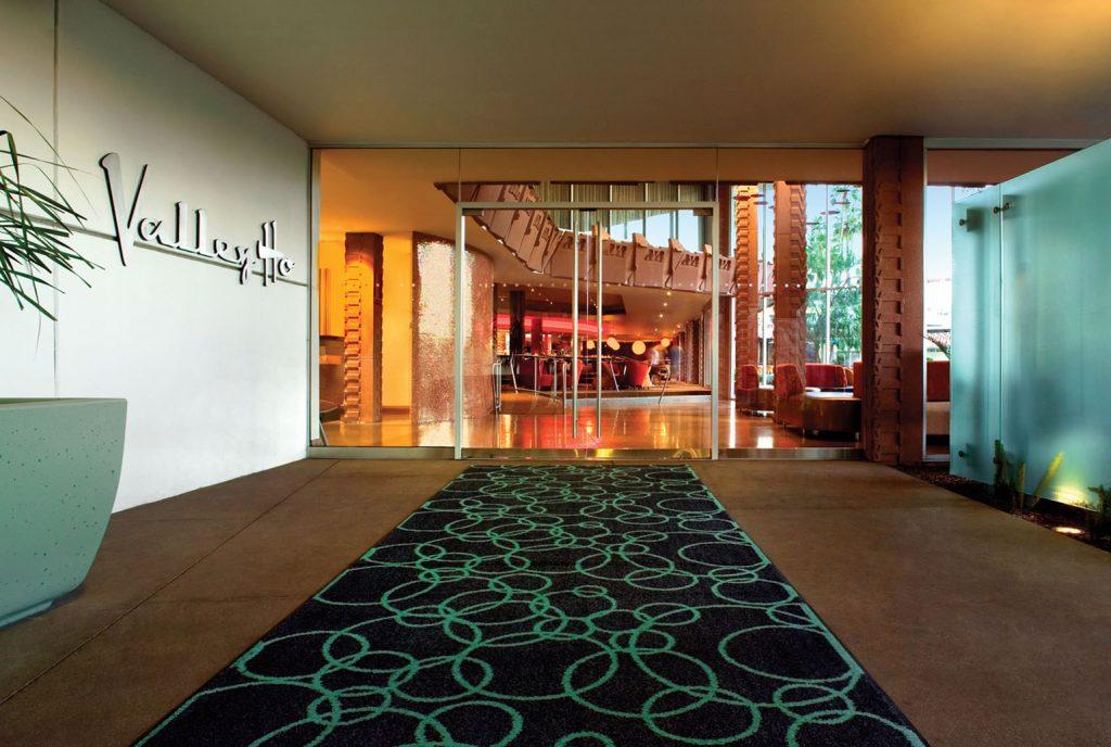 Hotel Valley Ho | Entrance